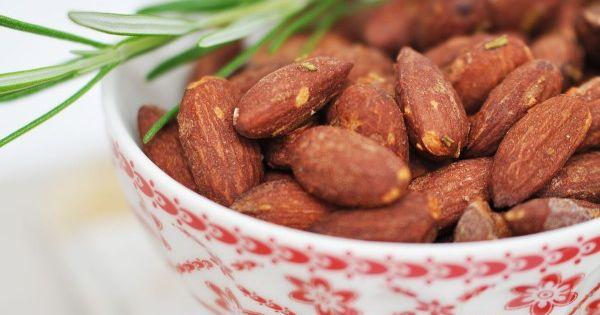 Keto Cake Recipe Thermomix: Salzmandeln Mit Rosmarin & Chili {Rezept