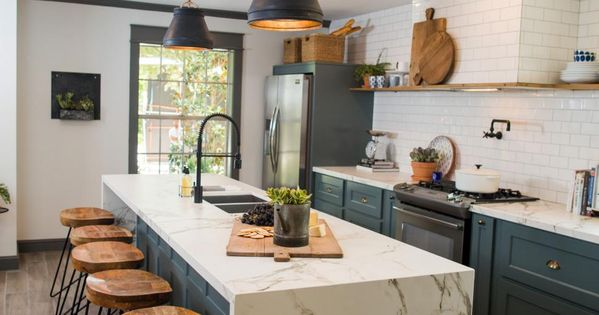 Fixer Upper Old World Charm For Newlyweds Pantry Sinks