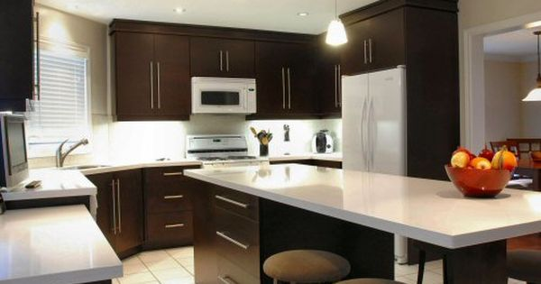 Dark kitchen cabinets and white appliances... not bad! | For the ...