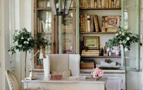 Anthropologie living room ideas chair so many for Anthropologie living room ideas