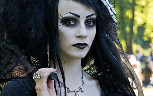 Last minute Halloween makeup  - photo