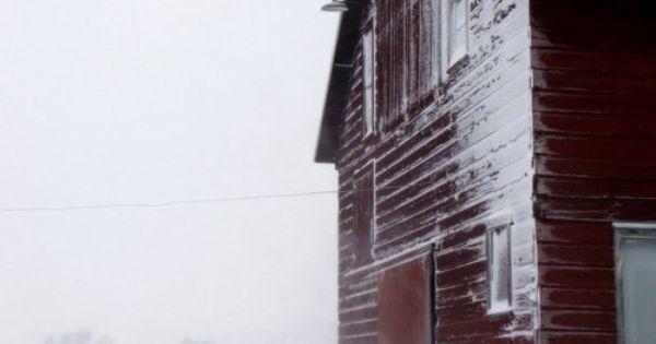 Frosty barn rouge de falun pinterest grange et la belle - Rouge de falun ...