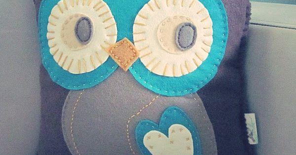 Felt owl cushion! Wish i was crafty so i could make this