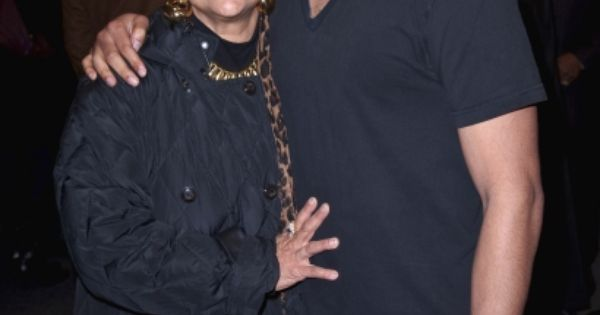 25 Most Stylish Black Celeb Mommas | Celebrity moms ... |Phylicia Rashad And Son