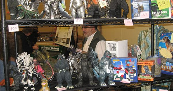 Report From Last Weekend S Steel City Con Godzilla Toys Steel City Giant Monsters