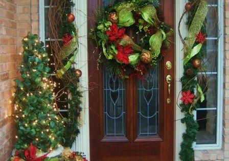 holiday decorating ideas | Christmas Door Decorating Ideas Christmas Front Door Decorating