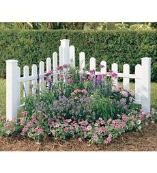 Corner Picket Fence Landscape Corner Fence Garden Ideas