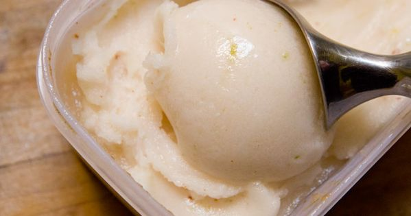 Grapefruit, Lime, and Tequila (Paloma) Sorbet | Recette | Sorbet ...