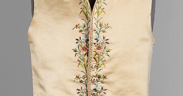 Винтажная одежда: платья, костюмы, блузки рекомендации