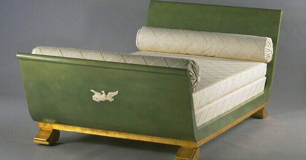 Lit andr arbus et vladimir androusov sculpteur vers for Entreposage de meuble
