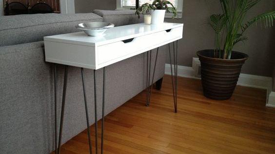 superbe console moderne pas ch re avec ikea tag res ikea pieds de table et console. Black Bedroom Furniture Sets. Home Design Ideas