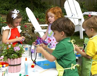 Throw a Kids' Summer Party - MyHomeIdeas.com