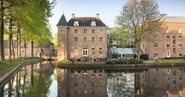 Tegelen Bilderberg Chateau Holtmuhle Netherlands Europe Bilderberg Chateau Holtmuhle Is Perfectly Located For Both Business And Le Hotel Europe Hotels Chateau