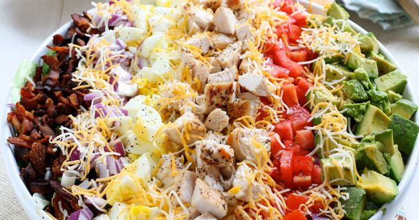 Classic cobb salad with red wine lemon vinaigrette (and 19 other dinner