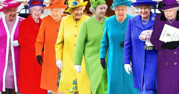 15 Queenelizabeth Twitter Search Twitter Colourful Outfits Striped Candles Royal Dresses