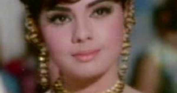 164 Best Rekha Gemini Ganesan Images On Pinterest: Bollywood Actress Mumtaz
