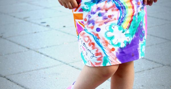 {graffiti skirt tutorial} every girl needs a skirt that is her own