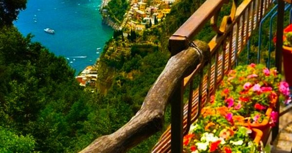 #OceanView, AmalfiCoast, Italy travel traveleze traveling holiday holidays