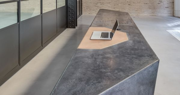 Cast concrete reception desk google search reception for O buro lausanne