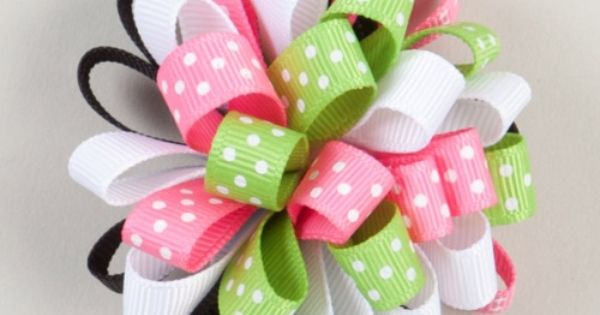 Ribbon Hair Bow Ideas | Green And Pink Poof Ribbon Hair Bow.
