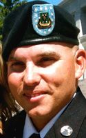 Sgt 1st Class Trenton L Rhea 33 Oakley Ks 603rd Mp Co Kia May 15 2013 Faces Of The Fallen The Washington Pos Army Sergeant Army Day Military Heroes