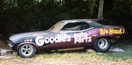 70s Funny Cars Lost And Found Funnies Funny Car Drag Racing Car Humor Barn Find Cars