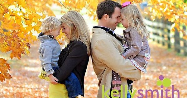 Fall Family Photography Ideas | fall family photo ideas when we have