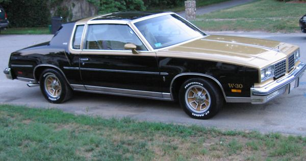 80 Olds 442 Not Much More Than An Appearance Package By 80 Classic Cars Muscle Cool Car Pictures Oldsmobile 442