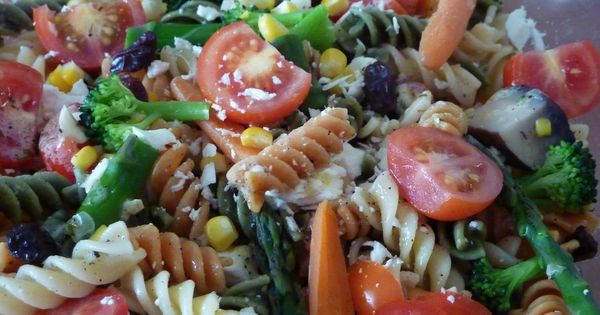 This my kind of pasta salad. | ****Food + Drinks + Pasteries GROUP ...