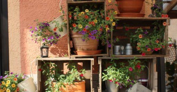 blumenregal aus weinkisten garden pinterest deko und garten. Black Bedroom Furniture Sets. Home Design Ideas