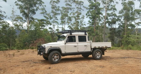 Pin By Sezook Sezook On Land Rover Defenders Australia