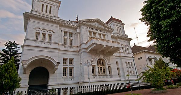 Heritage Building Bank Indonesia Jogjakarta Indonesia Colonial Architecture Colonial House Plans