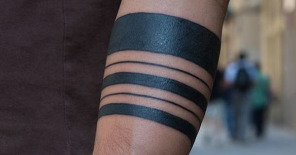 20 amazing solid armband tattoos 22 tattoo ideas for Solid armband tattoos