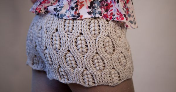 knitted shorts! Anyone know the stitch pattern? A bit longer and these