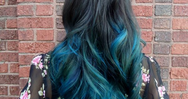 Stylish Stars Hairstyles Black and Blue Ombre Hair Color Hair Trend for