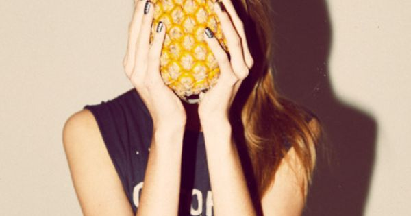 #pineapple fashion photography