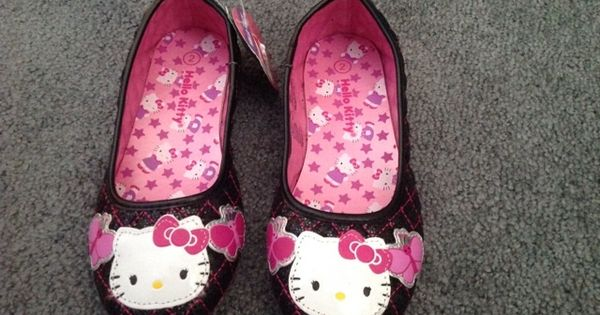 ***BNWT*** Hello Kitty Shoes For Girl Sz 2. L@@K!!!!!