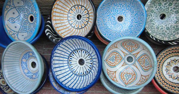 Mooie waskommen van kleurrijk aardewerk essaouira marokkaanse waskommen pinterest - Afbeelding van huisdecoratie ...