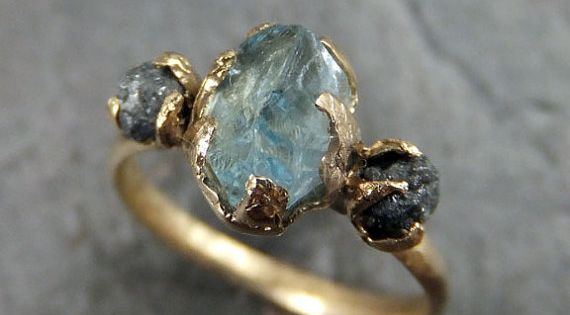 Beautiful, love the raw diamond concept www.etsy.com/...