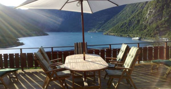 Geiranger Amazing House In Geiranger Renting A House Panoramic Views Indoor Fireplace