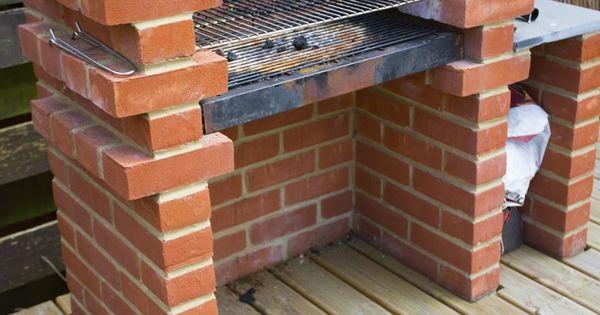 comment construire un barbecue en brique barbecue en brique comment construire et barbecue. Black Bedroom Furniture Sets. Home Design Ideas