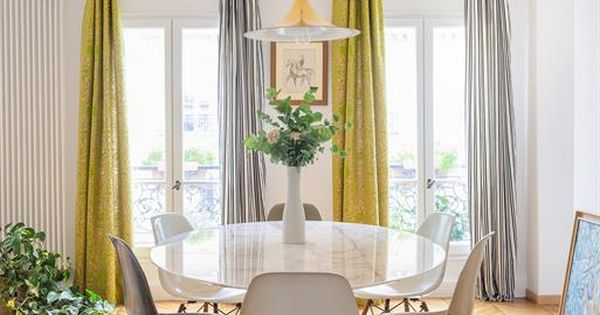 Dining room with two different curtains mustard yellow for Rideaux de salle a manger