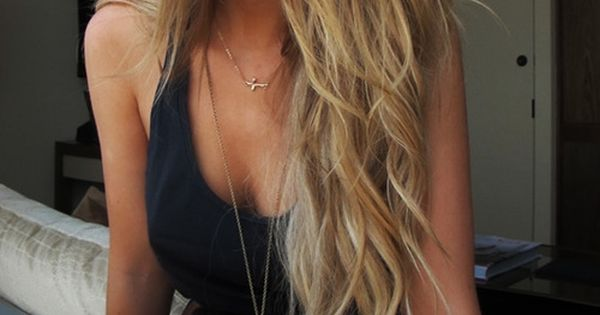Brown to blonde ombre hair color. Soooo pretty!!! Lacewigsbuy Hairstyles Wigs Fashion