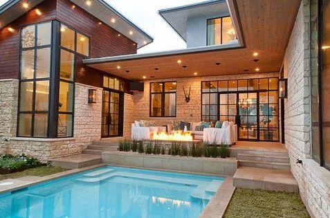 Fachadas de casas modernas con piscina inspiraci n de for Diseno de casas con piscina interior
