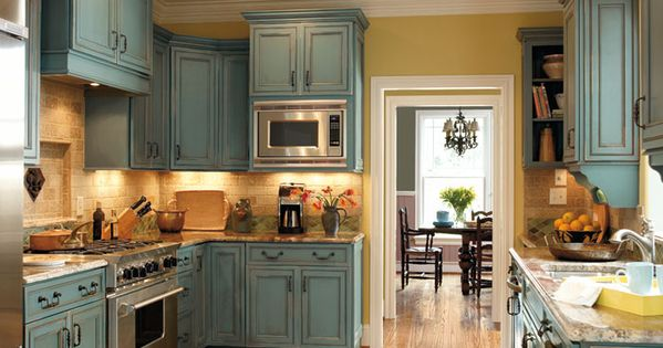 Decora cabinets in turquoise rust love these house - Muebles rusticos dos hermanas ...