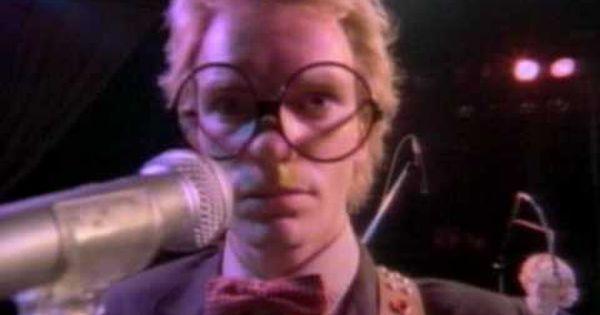 Pin By Cmputrbluu On Super Sensational 70s Music Videos Talking Heads Classic Songs
