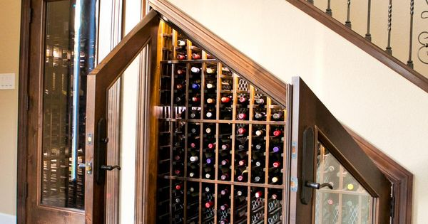 15 creative wine racks and wine storage ideas cava for Cava bajo escalera