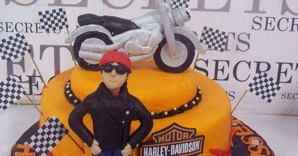 harley davidson cake: grooms cake