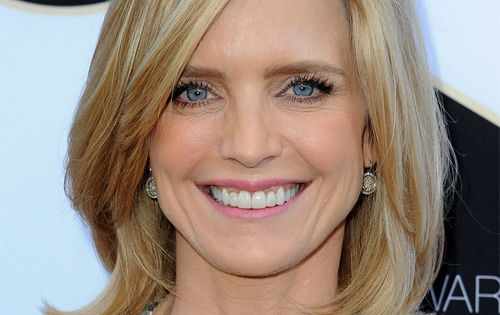 Courtney Thorne Smith Hairstyle Medium Straight Casual