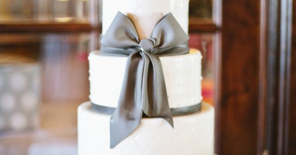 simple wedding cake @ brandywine This is my dream cake! Purple instead